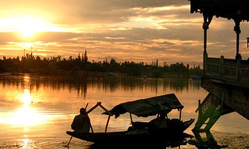 Experience Heaven in Kashmir
